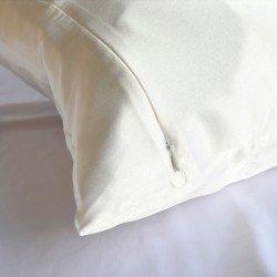 Silk pillowcase 50x70, milky